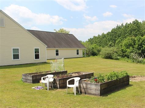 Photos and Video of Elwell Farms in Buxton, ME