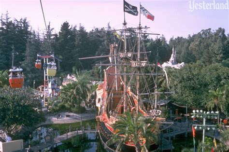 Yesterland: Chicken of the Sea Pirate Ship and Restaurant